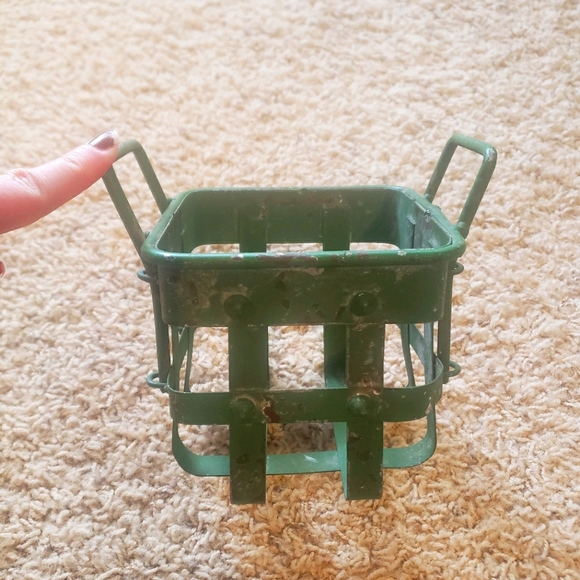 🌵 Rustic Metal Farmhouse Basket 🌵